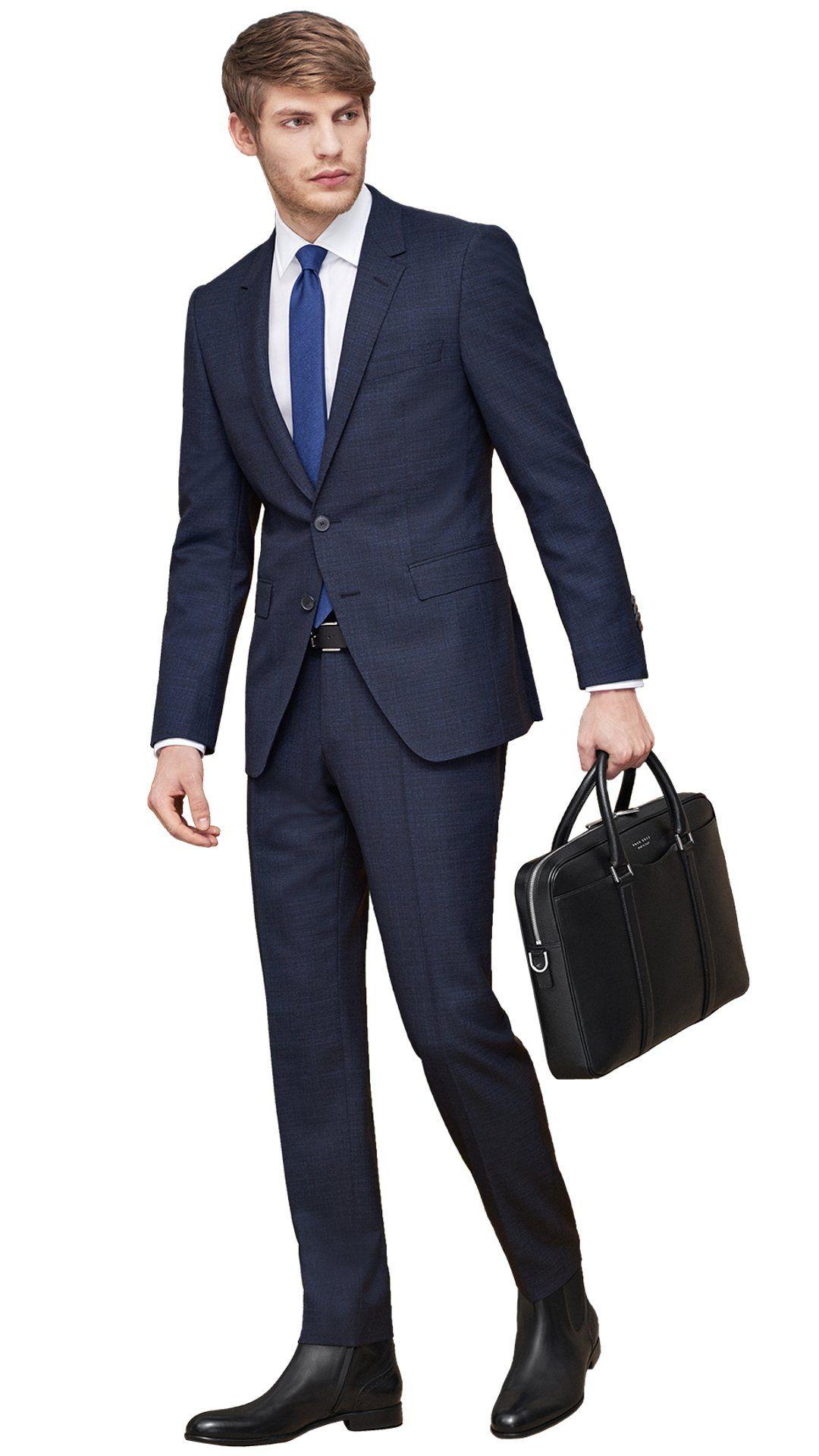 Traje azul y corbata 26069c6d147