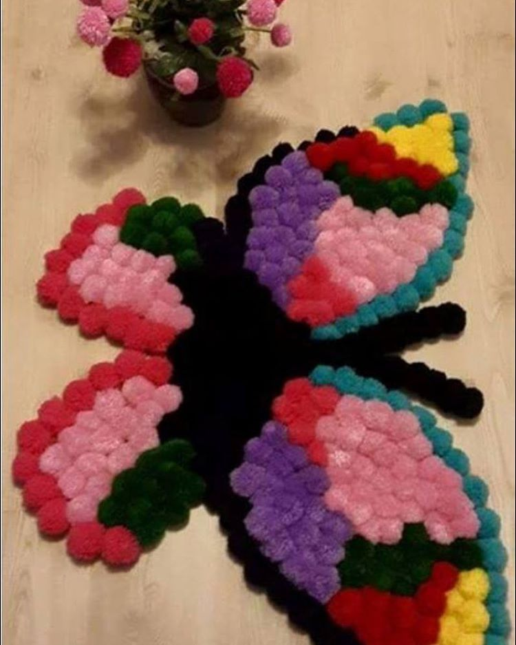 #örgümodelleri #ponpon #paspas #hobi #elişi #dekorasyonfikirleri #dekoratif #like4like #likeforlike #handcrafted #handmade #yarnlove #yarnart #homesweethome #homedecor