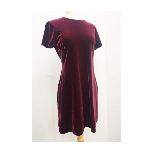 short fun burgundy dresses