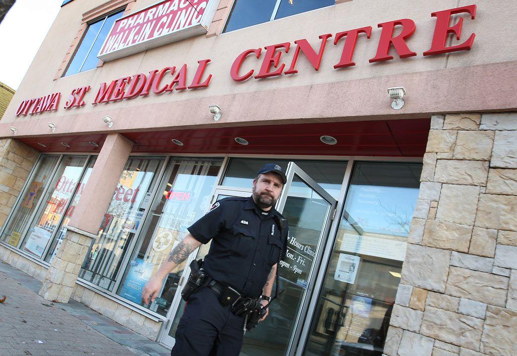 Police hunt knifewielding drugstore robber Police