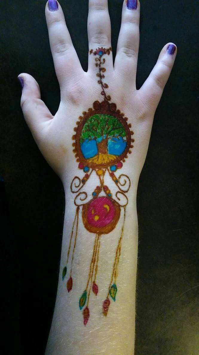 Pin by Angelique Olivia on Henna (With images) | Christmas ...