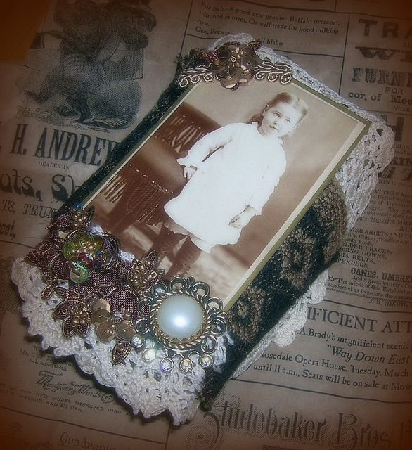 Grandma's Attic Box by Vintage Dragonfly, via Flickr