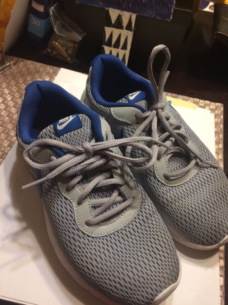 9548eee2f07 Kids Nike Shoes 5Y Used Gray And Blue  fashion  clothing  shoes  accessories