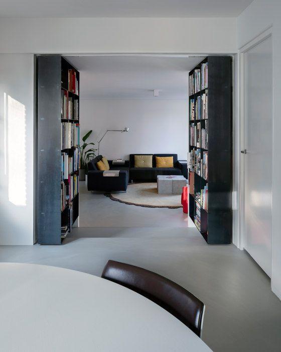 Pivoting Bookshelf project by Ernst Hoek by FritsJurgens | Manufacturer references