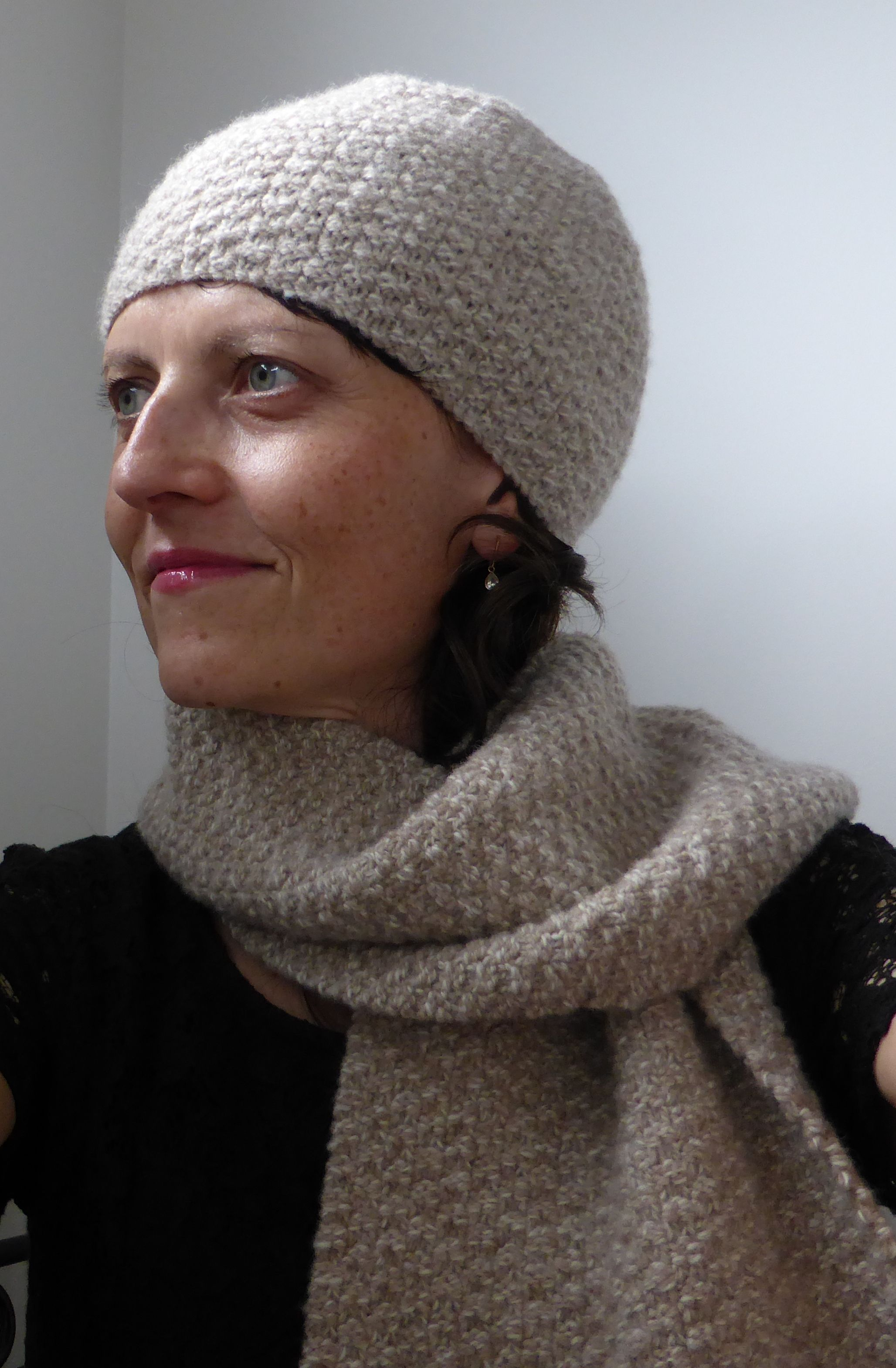 Knitting Pattern For A Double Moss Stitch Hat And Matching Scarf Or