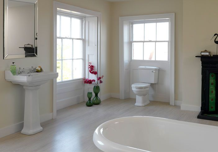 Oxford Traditional Family Bathroom Bundle Now Only 608 00 From Victoria Plumb Bathroom Redesign Bathroom Suite Family Bathroom