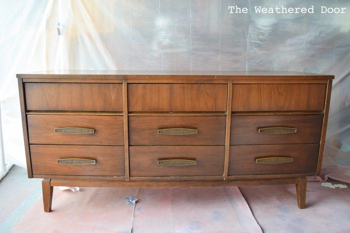 Broyhill Premier Saga Mid Century Walnut 6 Drawer Lowboy Dresser In 2020 Lowboy Dresser Mid Century Bedroom Furniture Mid Century Modern Bedroom Furniture