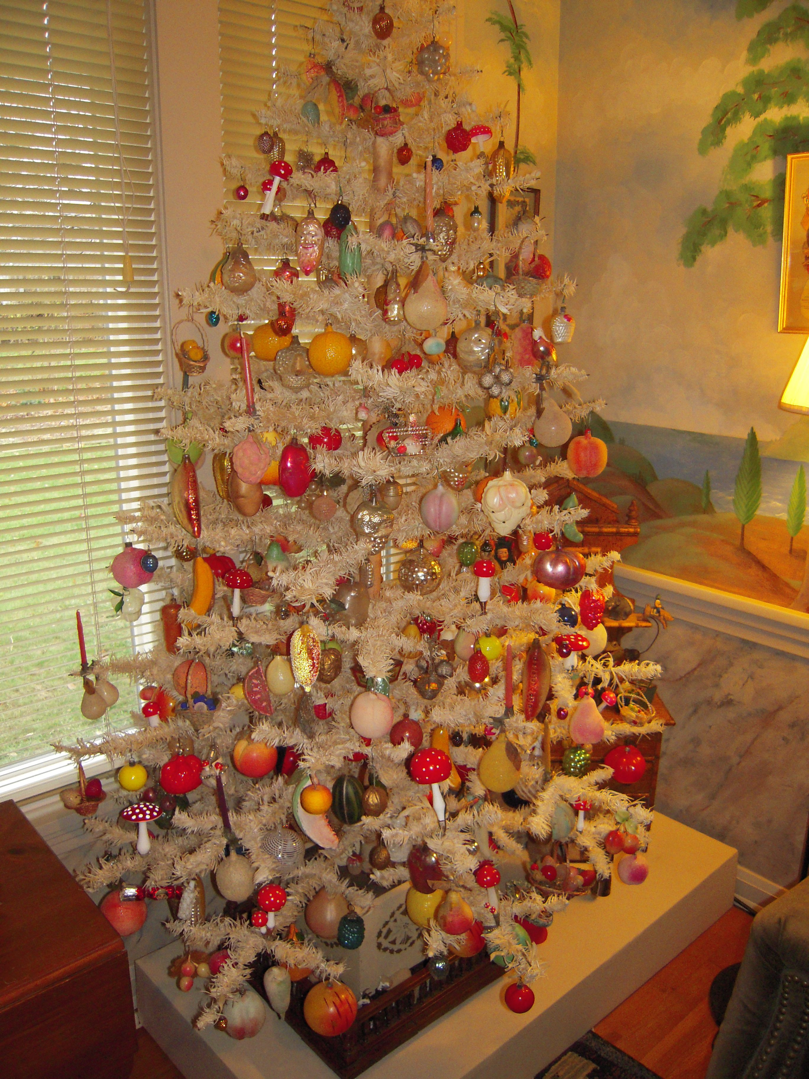 White Feather Tree With Edible Ornaments Mostly Fruits And Vegetables From Darla Jerry Arnold