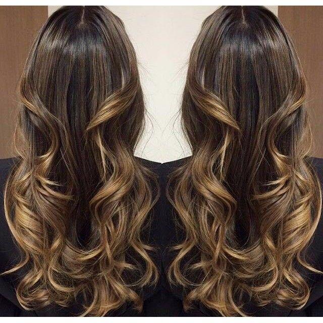 Santte Estilo Que cabelo castanho super iluminado que o @mallonyfarias, do  @lesaloncabeleireiros, fez! Aqui,  Balayage HairstyleMake HairHair