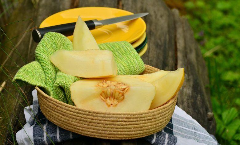 فوائد الكنتالوب للتخسيس وفوائد الكنتالوب للجنس In 2020 Honeydew And Cantaloupe Melon Benefits Growing Cantaloupe