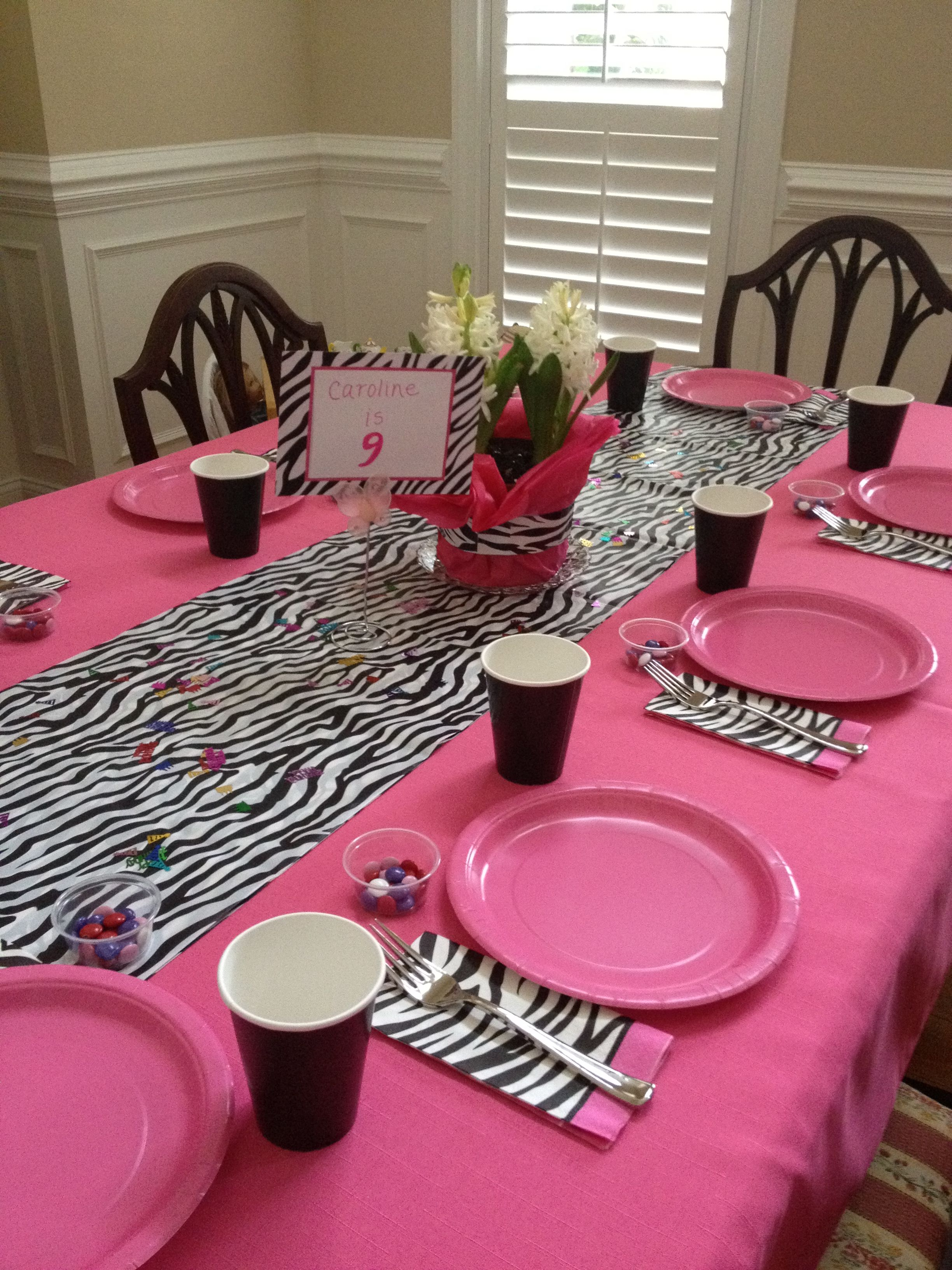 Instead Of Zebra, A Red With White Polka Dots Plastic Tablecloth Folded In  Half For Table Runner And A Black Tablecloth Under For A Minnie Theme