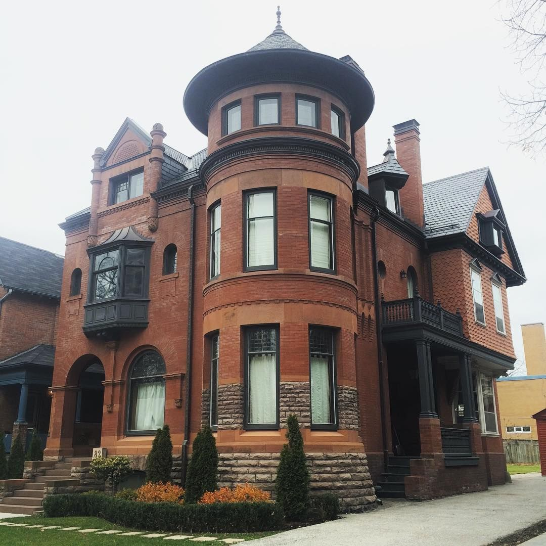 Old Victorian Homes, Victorian