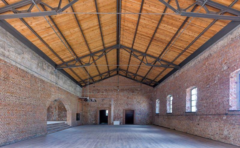 Han tumertekin cemal emden bomonti brewery brick construction bois construction for Construction bois 21