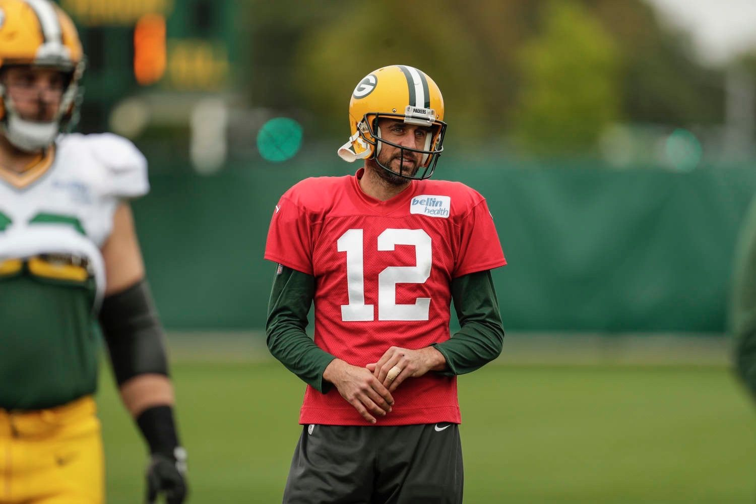Pin By Suzanne Jackson On Man Crush Man Crush Football Helmets Aaron Rodgers