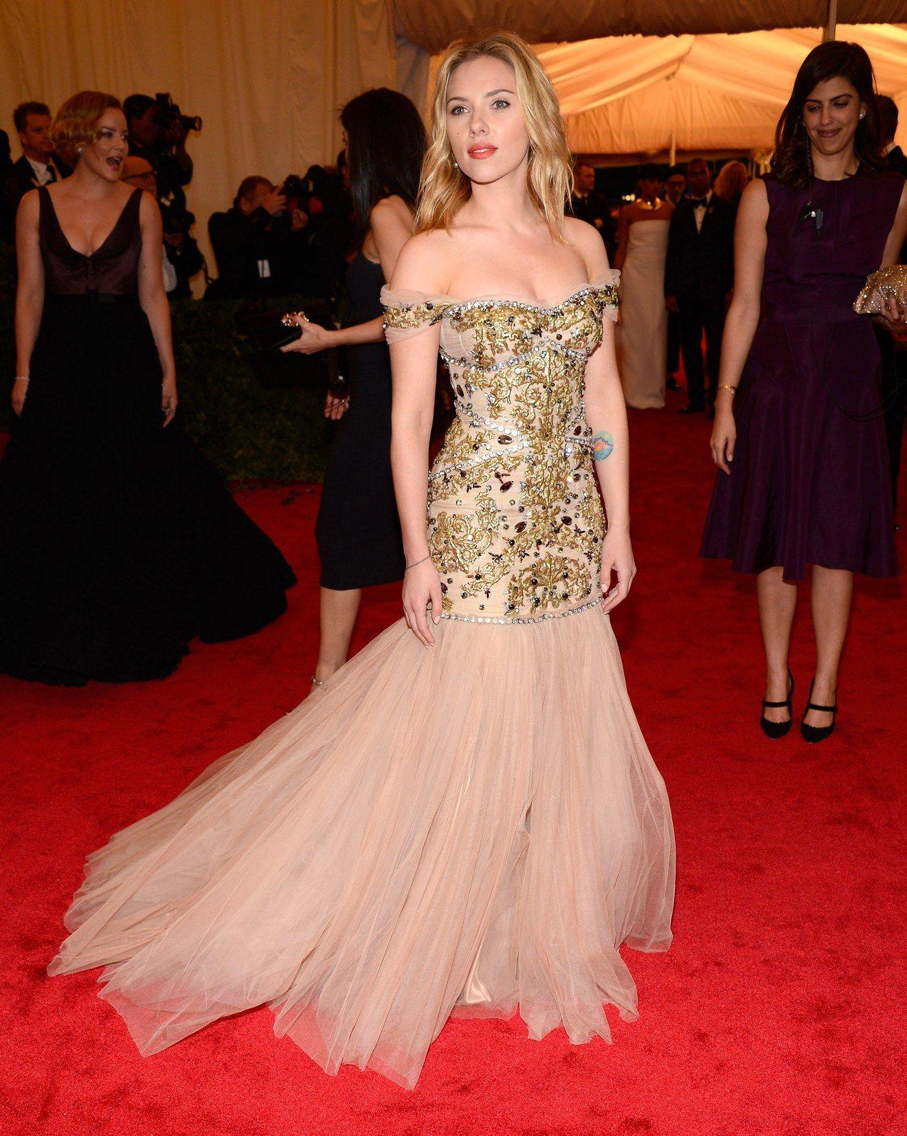 Scarlett Johansson In Dolce Gabbana 2012 Met Gala Dresses Gala Dresses Met Gala Looks