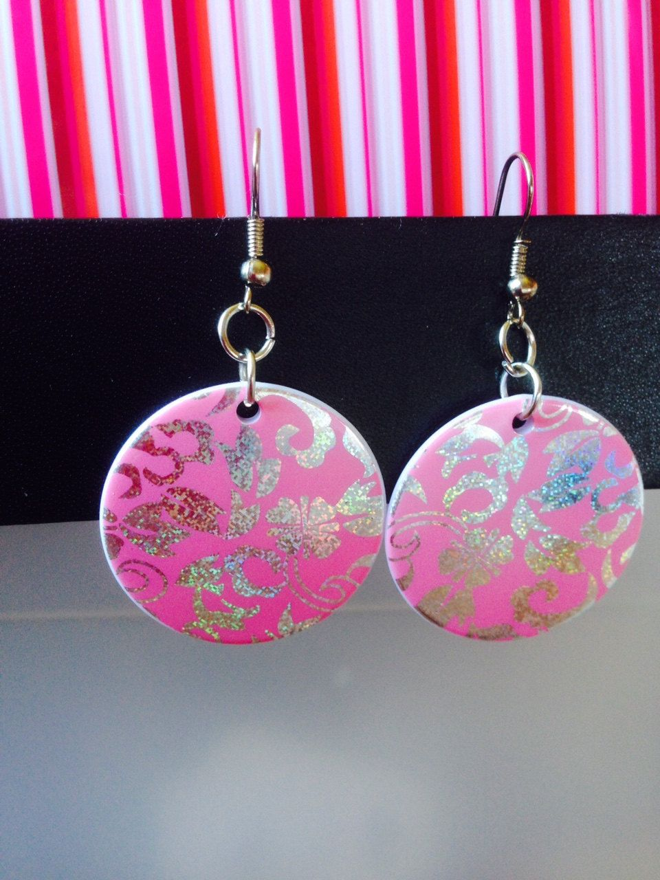 Earrings ~ Bright Pink Disc Earrings ~ holographic silver floral design ~ drop earrings ~ fashion jewellery ~ costume jewellery by Nerdacious on Etsy