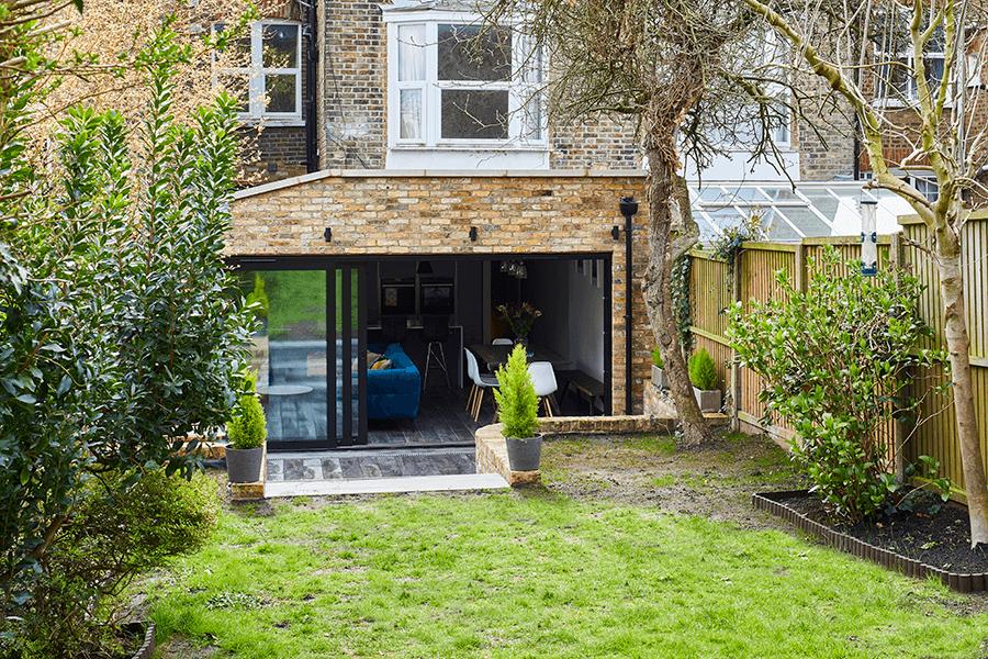 #gardenideas #glassdoor #steeldoors  #houseextension #builders