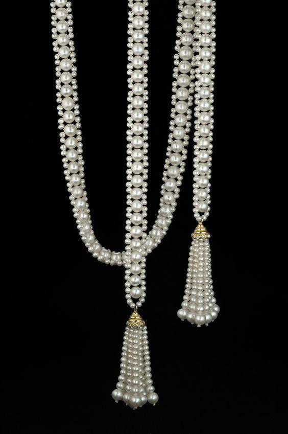 f3f802c7c42e Collar Perlas pequeñas y borlas de perlas