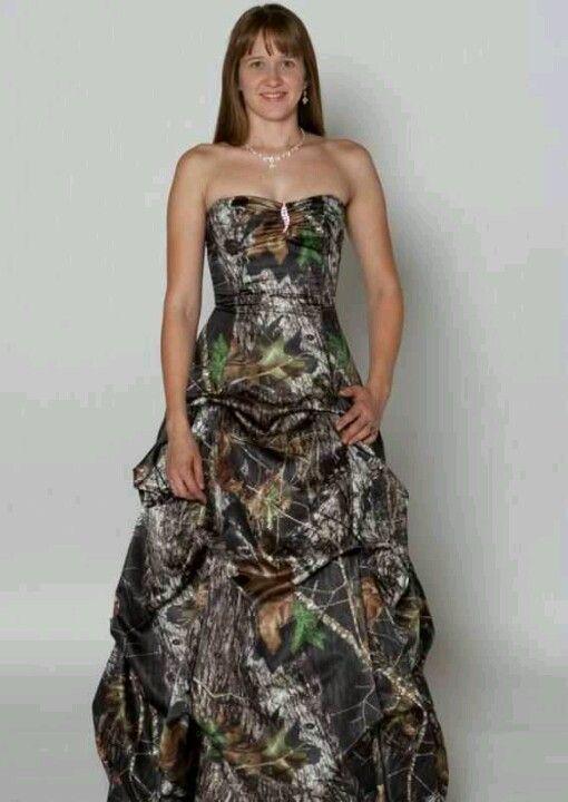 bfec67f722ac8 Camo wedding dress | Cool Pins | Camo prom dresses, Prom dresses ...