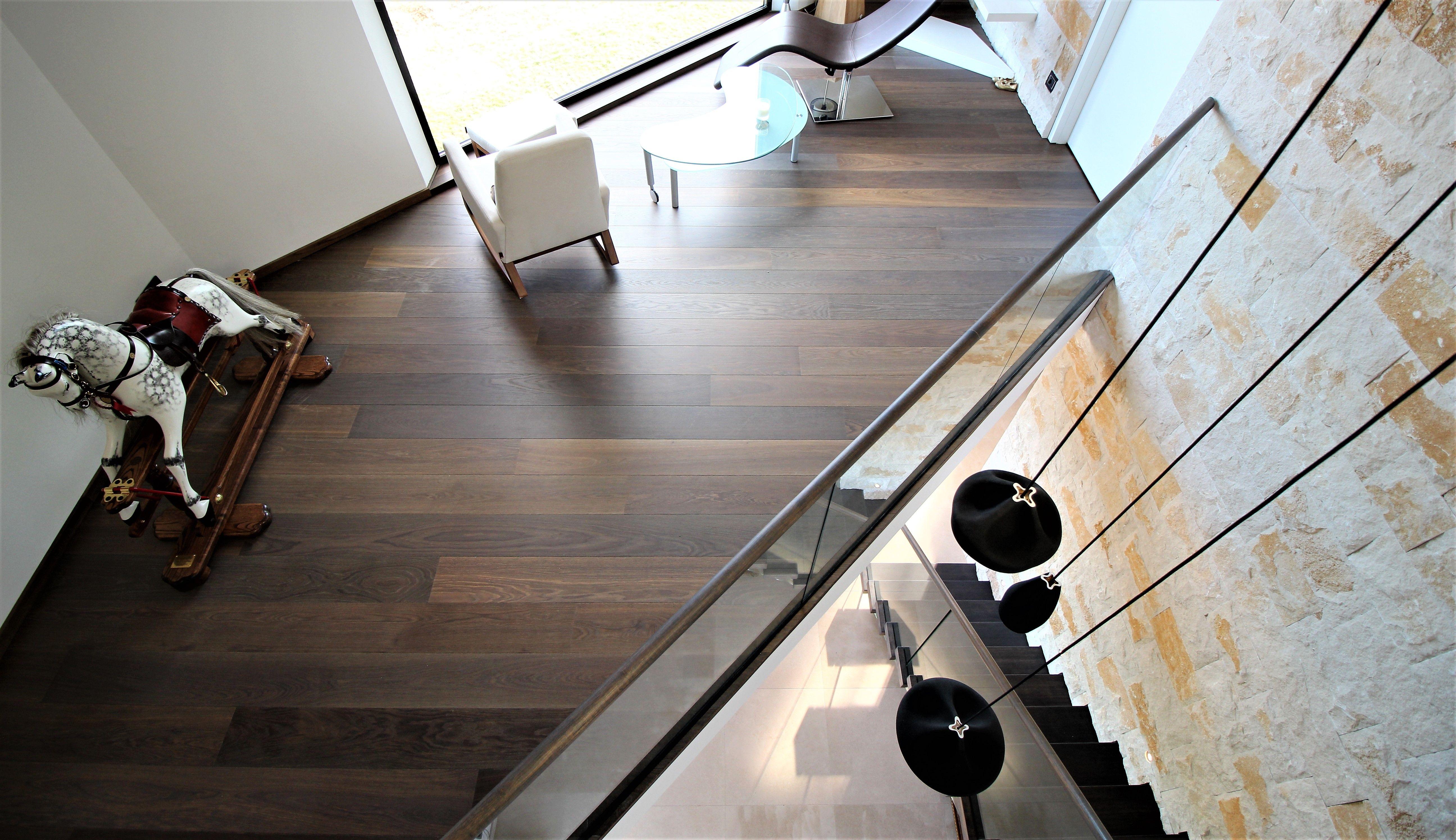 hout op vloerverwarming dat kan kerngerookt eiken parket en wit