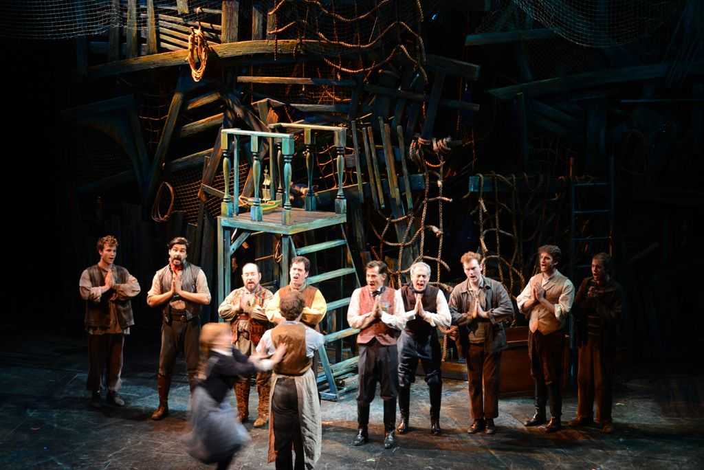 The design for Peter and the Starcatcher is a found object