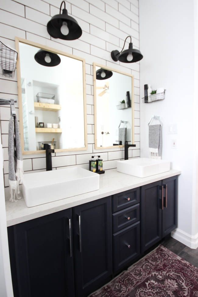 Black And White Master Bathroom Decor