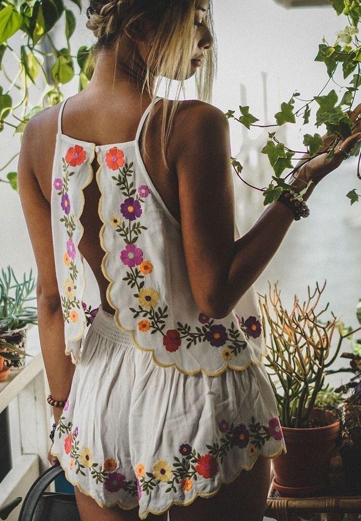 Frühlingsgefühle zum Anziehen: Die schönsten Blümchenmuster Kleider!