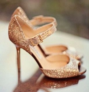 Zapatos de novia estilo merceditas de strass