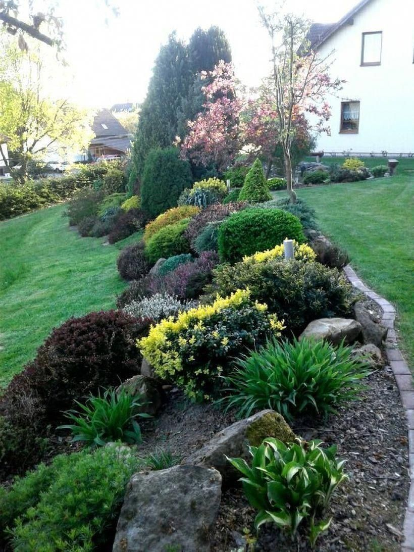 30 Pretty Front Yard Landscaping Ideas On A Budget To Try In 2020 Front Yard Landscaping Design Sloped Garden Landscaping With Rocks