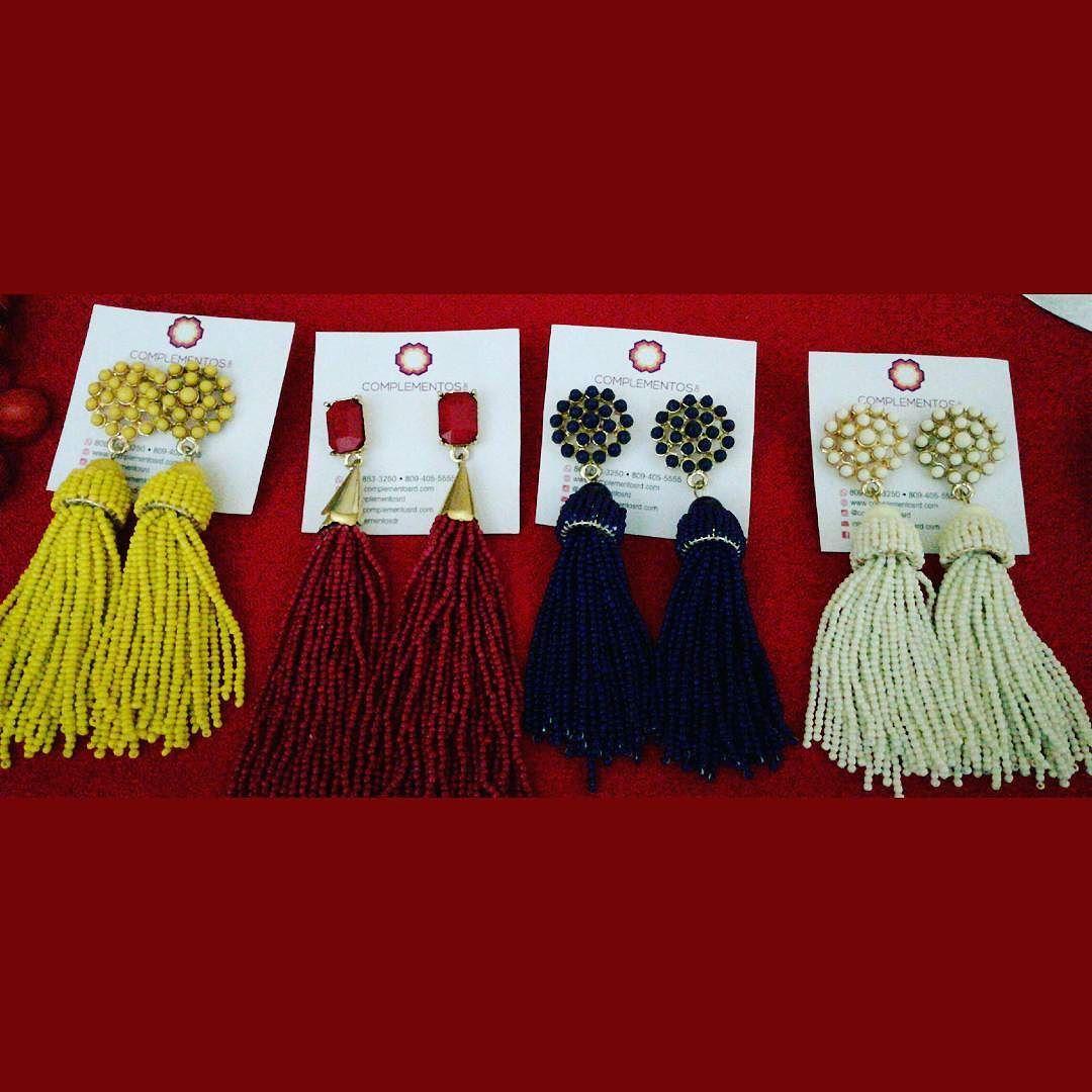 """Los tassels que están de última Encuentralos Mañana en el """"@goldencoconutbazaar  en @bocanegrard  de 11-8 PM. No te lo pierdas!   Aceptaremos tarjetas de crédito  Envoltura disponible   #staytuned #christmas #accessories #gifts #bazaarday #newarrivals #available #silver #chic #glam #jewerly #available #newcollection #trendy #gorgeous #unique #fancy #byou #becomplete #complementosjewelry #complementosrd"""