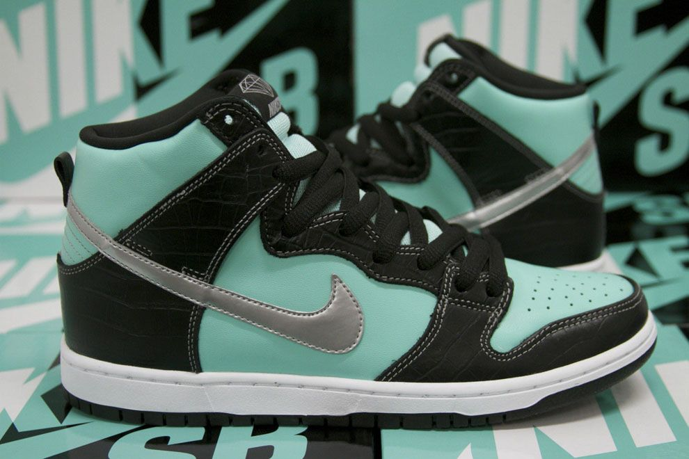 "8c6a665cb0 Diamond Supply Co. x Nike SB Dunk Hi ""Tiffany"" (More Images) 