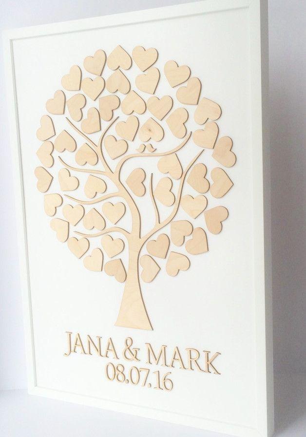 *GÄSTEBUCH MAL ANDERS!*  *Unser einzigartiges Wedding-Tree Gästebuch mit Holzherzen dient nicht nur als Gästebuch für Ihre Hochzeit sondern auch als Kunstwerk für Ihr Zuhause!*  Während ein...