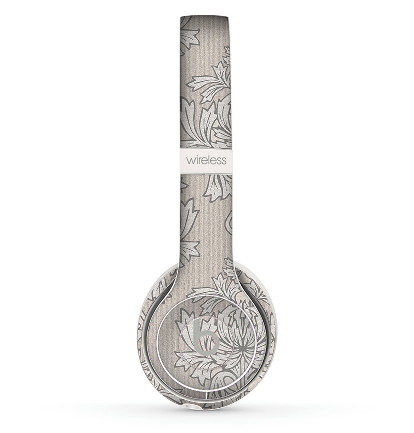 The Seamless Tan Floral Pattern Skin Set for the Beats by Dre Solo 2 Wireless Headphones