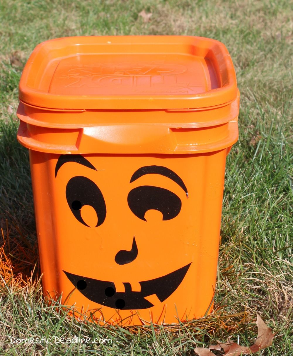Project Challenge DIY Pumpkin Bucket Recycled crafts