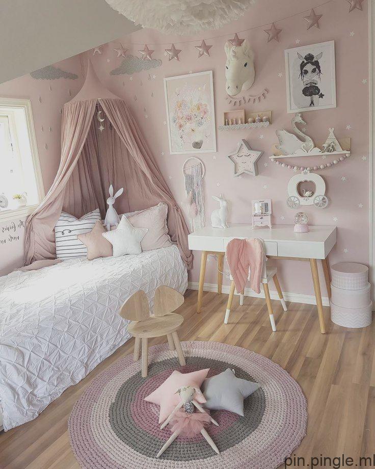 mamma_malla auf Instagram: rosa Mädchenzimmer weiß grau Holz ...