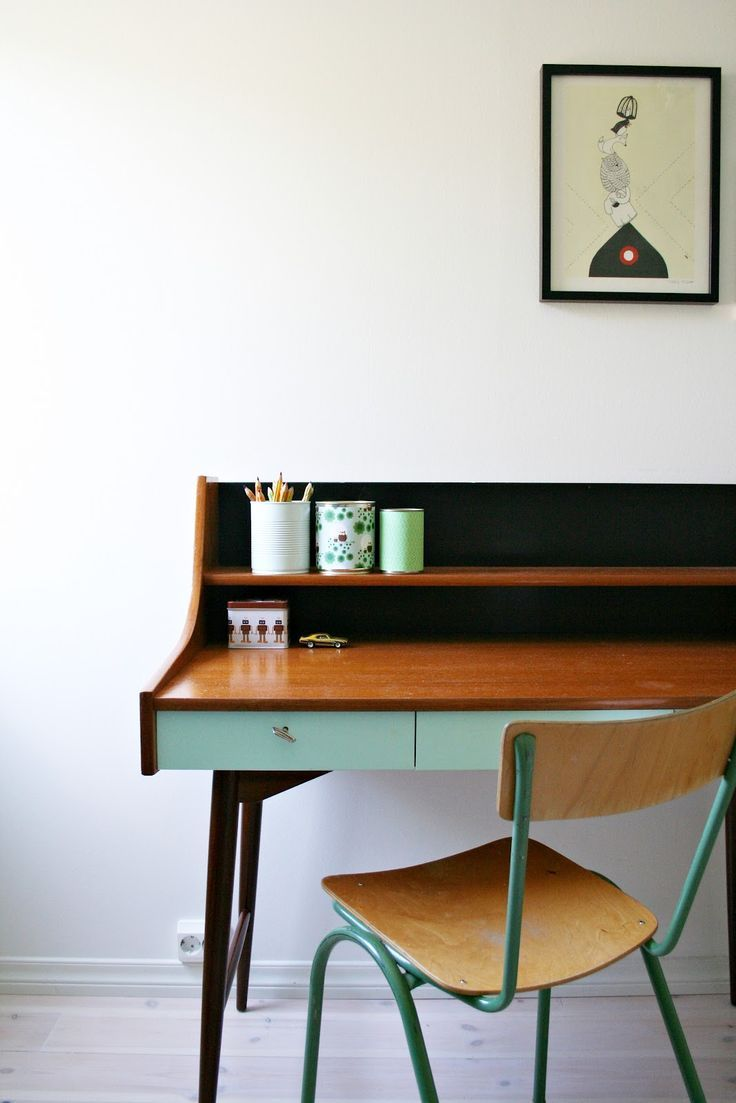Love This Desk Style Especially The Mint Color On Bottom And Two Tier Shelf