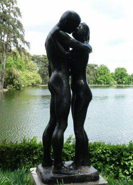 statue de G. Olovson. Bois de Boulogne