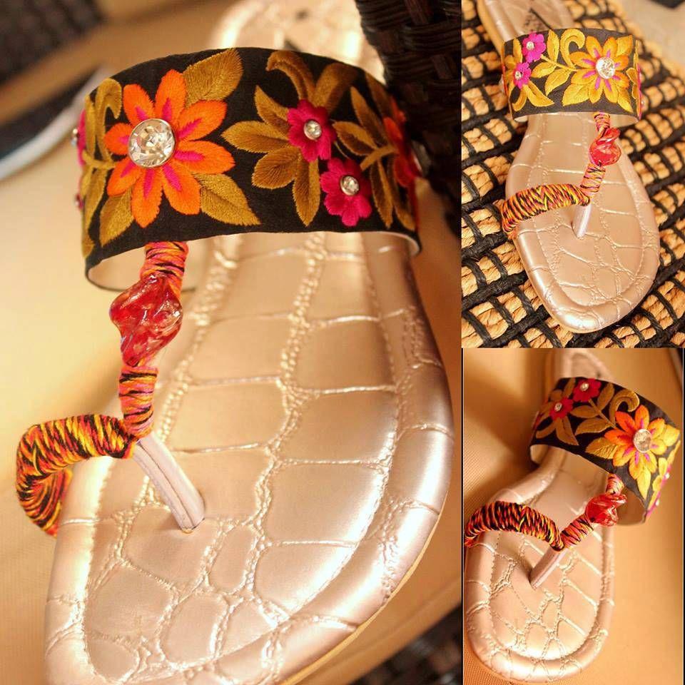Triangles Eid ul Azha Shoes Design 2015 for Women (8)