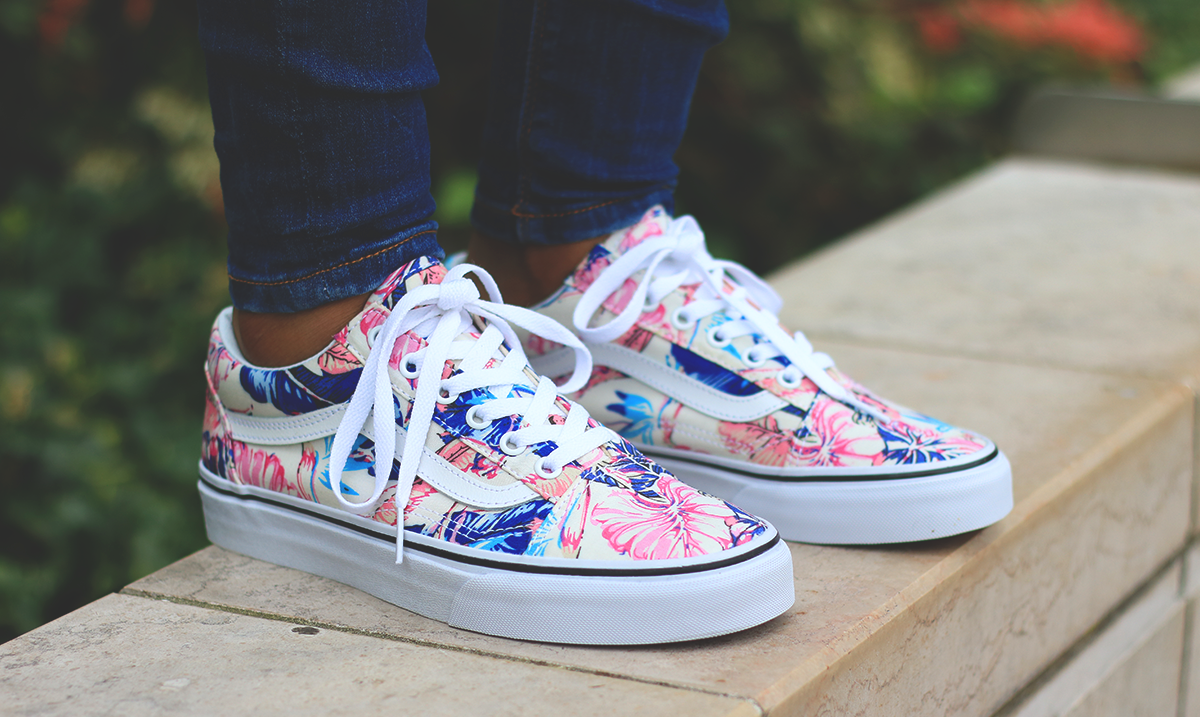 4087d7f9050d Vans Old Skool Tropical disponible sur Courir.com