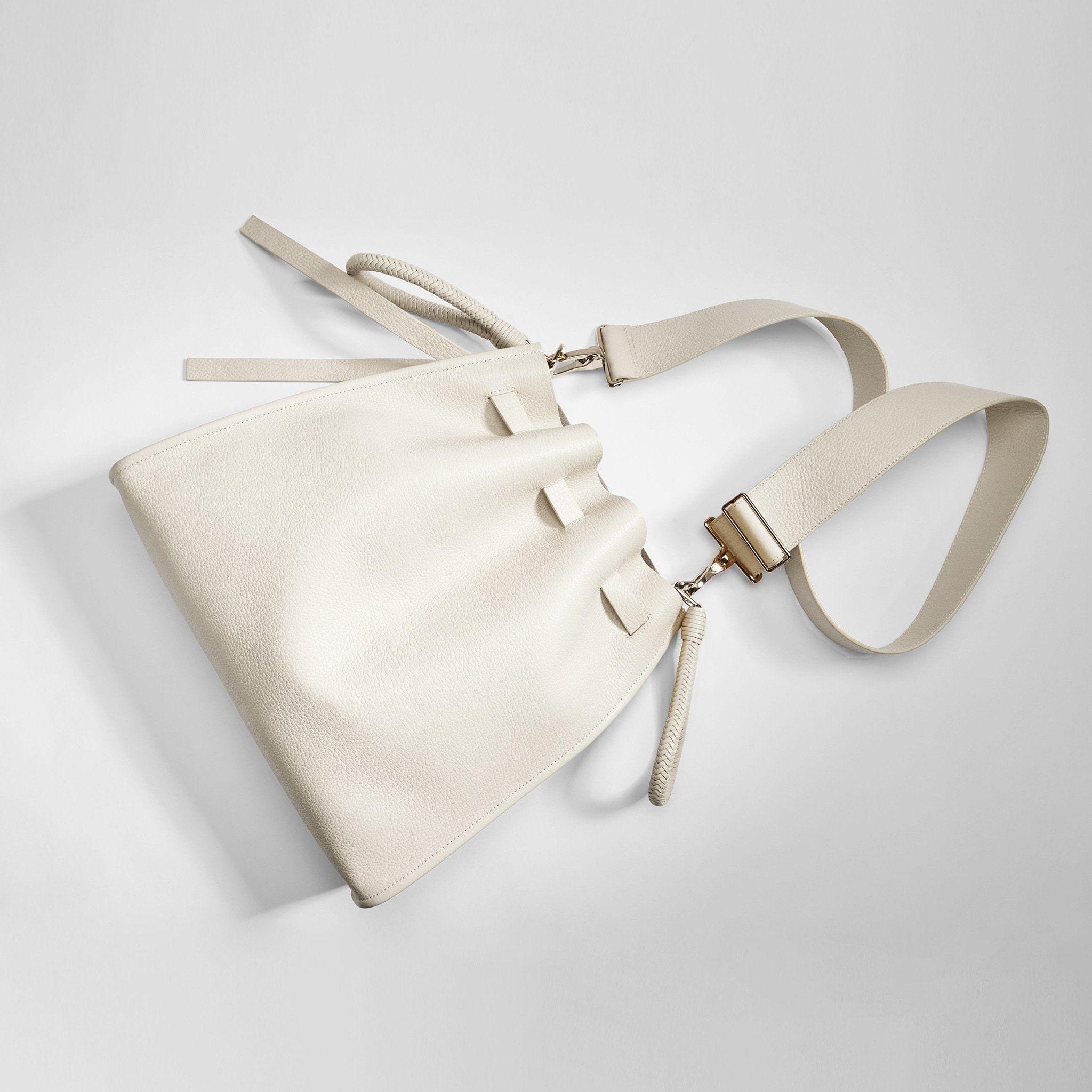 d6f476028f Kiss - Vitello – Tamara Mellon Leather Pouch, Leather Handle, Everyday Bag,  Gold