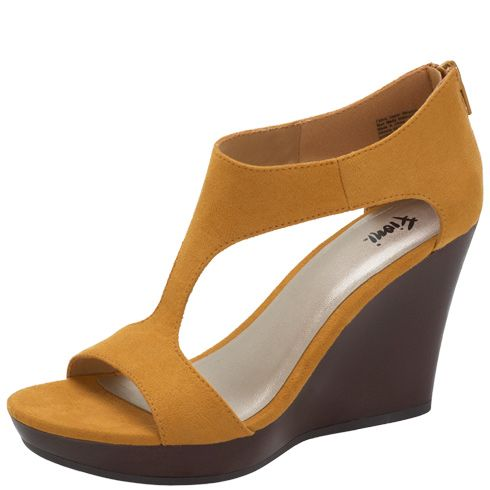 womens fioni s kaytee wedge sandal payless shoes