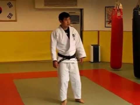김경진 선생님의 기본에 충실하자 - 이동 부딪치기의 올바른 예 (9-9) - YouTube