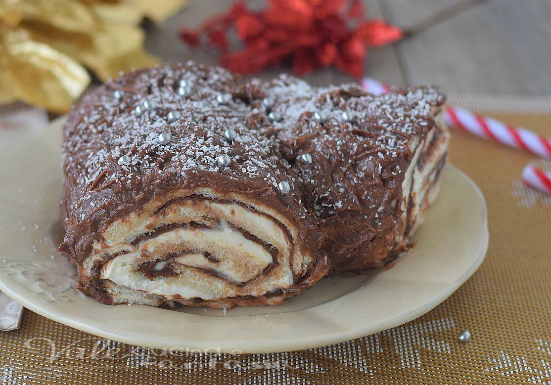 Ricetta Tronchetto Di Natale Per 10 Persone.Tronchetto Di Natale Senza Cottura Ricetta Facile E Veloce Yummy