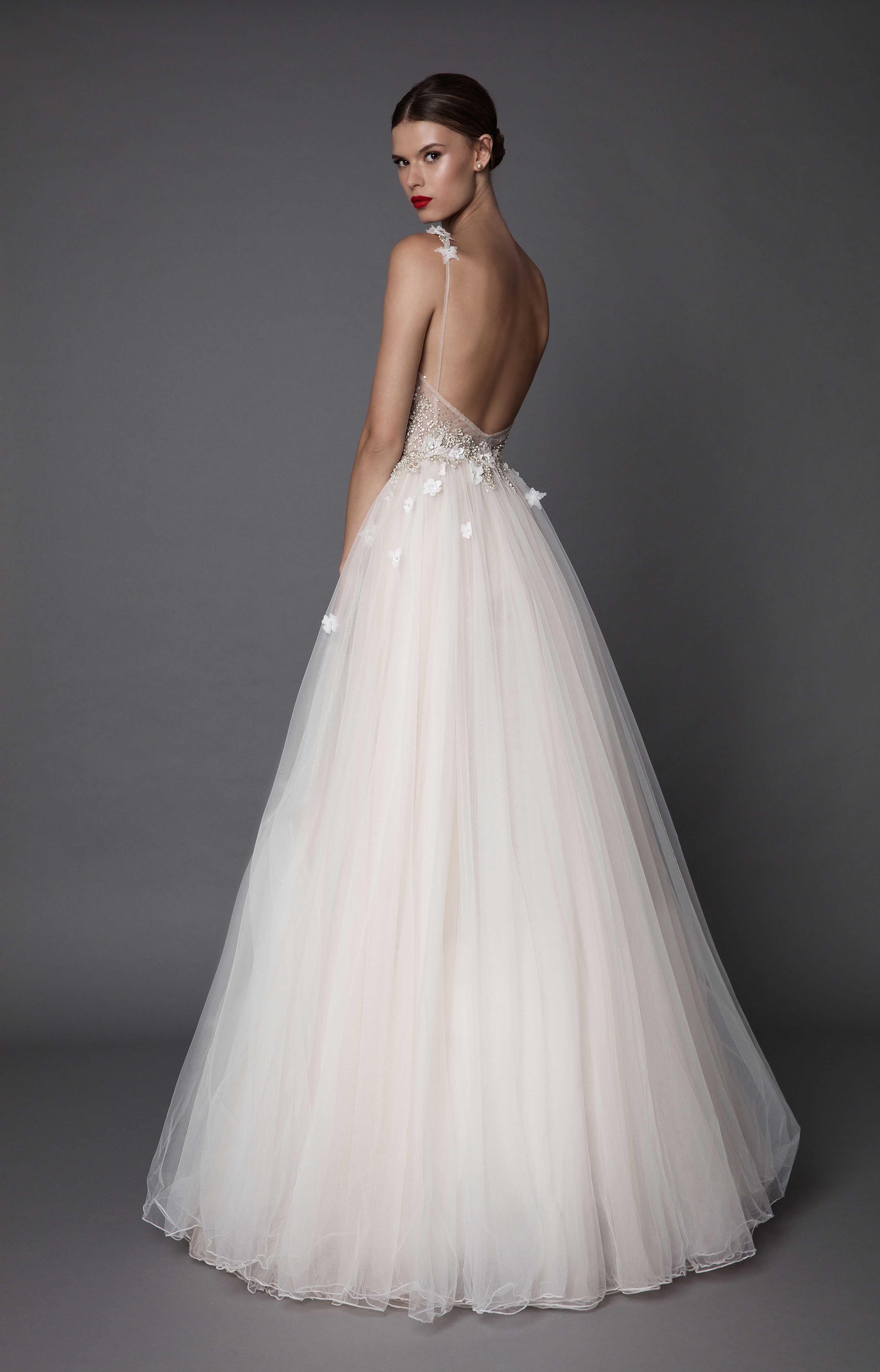 MUSE 2017 | Berta | Un beau jour | Pinterest | Wedding dress ...