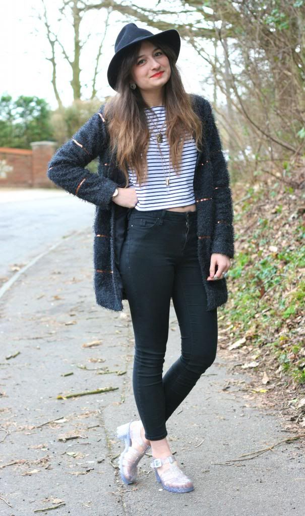 Jelly Shoes Outfit On Pinterest | Juju Jellies Winter ...
