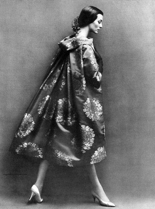 Carmen Dell'Orefice. Harper's Bazaar, October 1957, photographed by Richard Avedon.