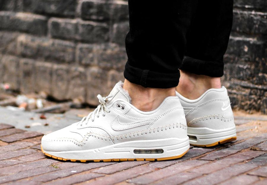 avis basket nike wmns air max 1 prm sherpa birch coutures