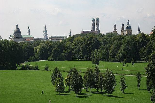 Munich S English Garden Is Larger Than Central Park Wikipedia English Garden Urban Garden Community Gardening