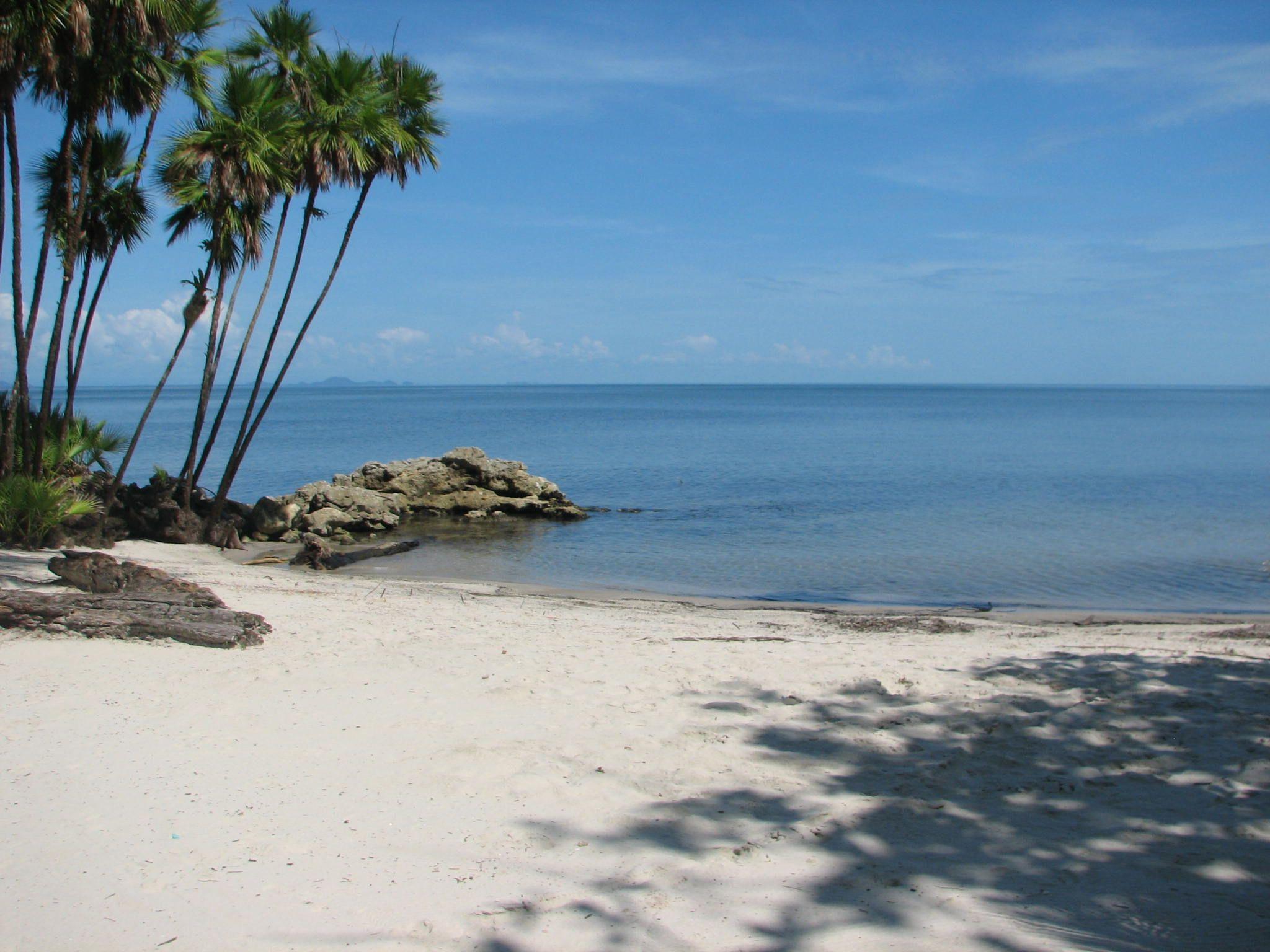 Beautiful Livingston Está Situado En La Bahía De Amatique, En El Caribe Guatemalteco,  Cercano A