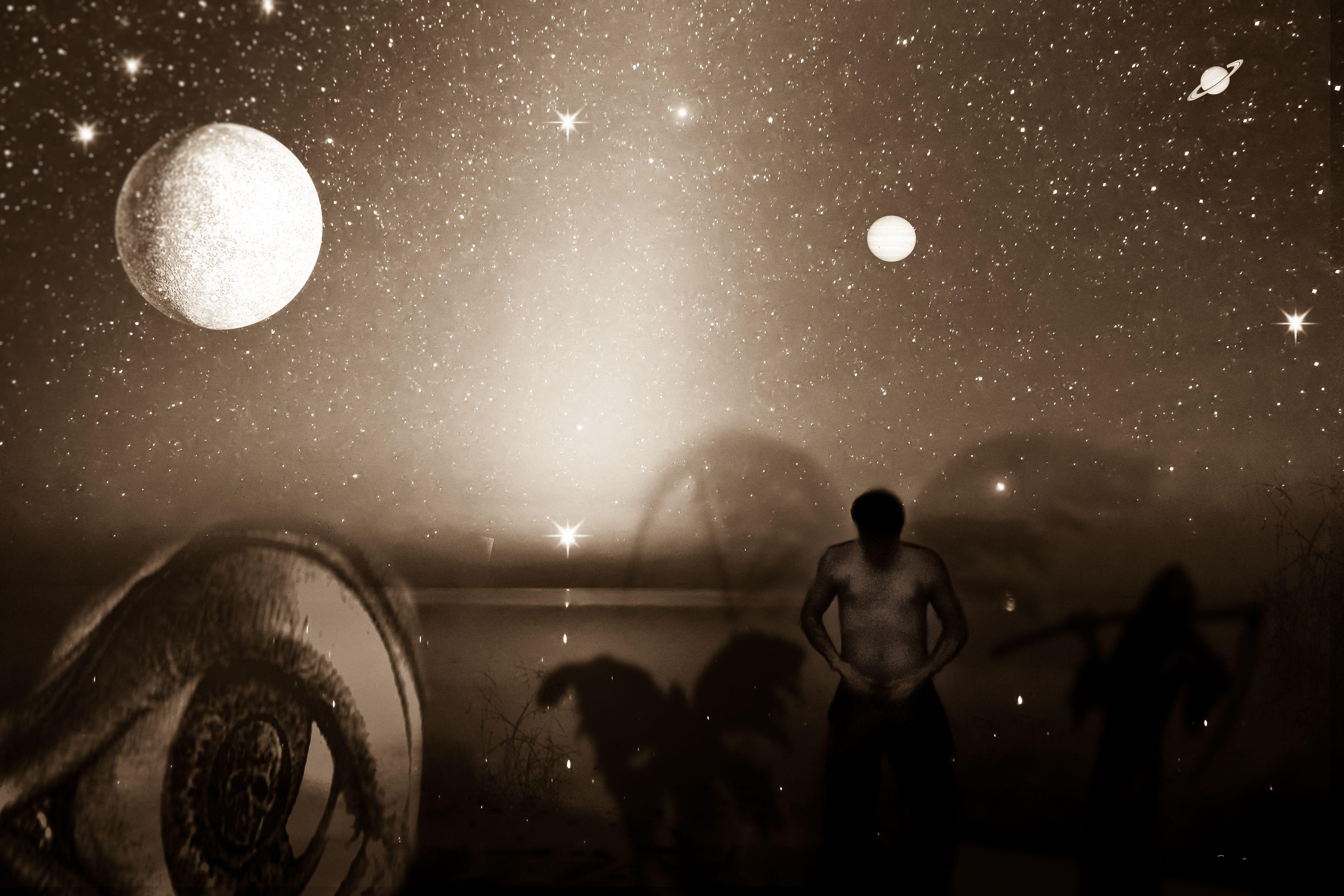 """""""Hipokhondrión"""" fotomontaje que me identifica y sobre cuyo tema escribí un poema. La mirada obsesiva sobre mí mismo, las sombras de la muerte (la mirada fija en el temor) se contrapone al exterior, a la inmensidad y a la grandeza de la vida que nos rodea y que no podemos ver..."""